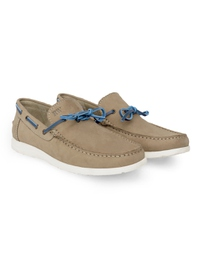 Beige Laced Boat Leather Shoes alternate shoe image